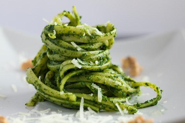 Pesto i tjestenina