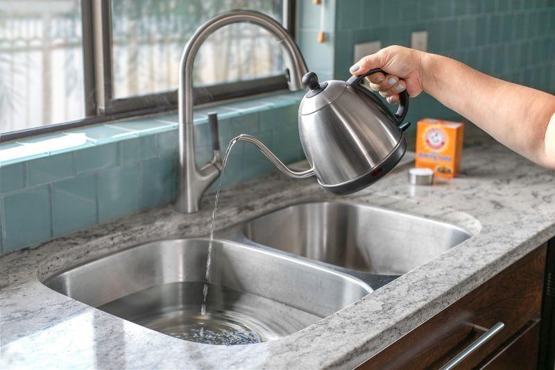 Ciscenje filtera na kuhinjskoj napi 7