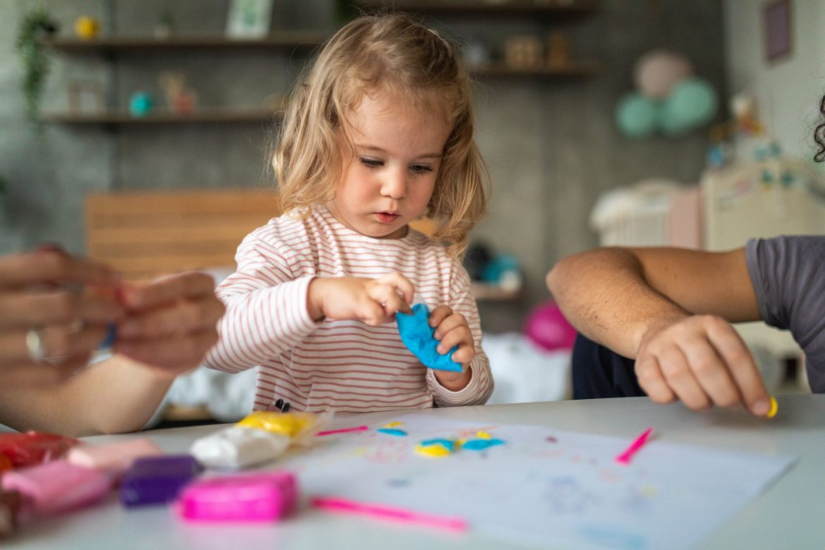 activites for toddlers clay 1575833208
