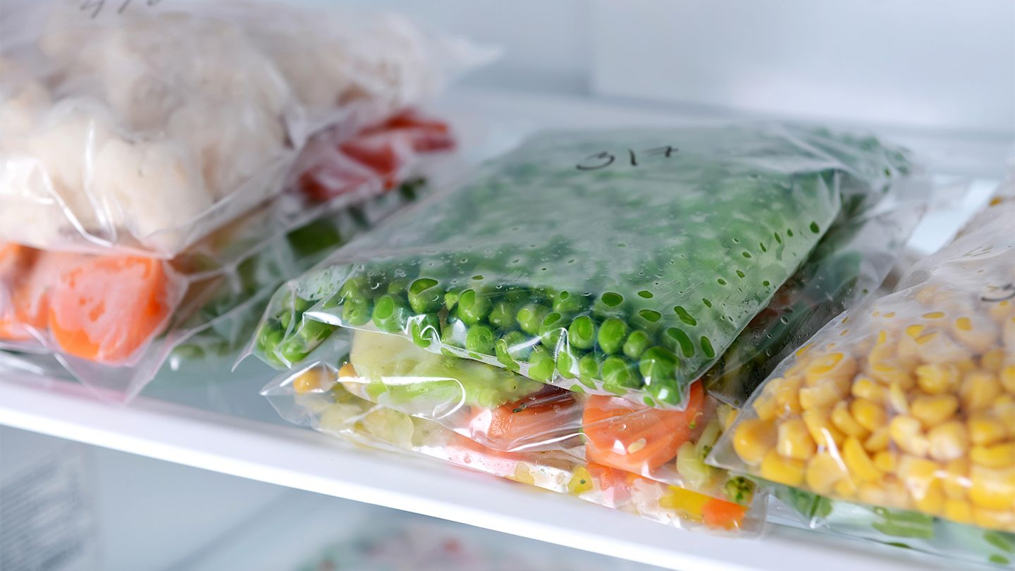 dos and donts for freezing fresh food 1440x810 1