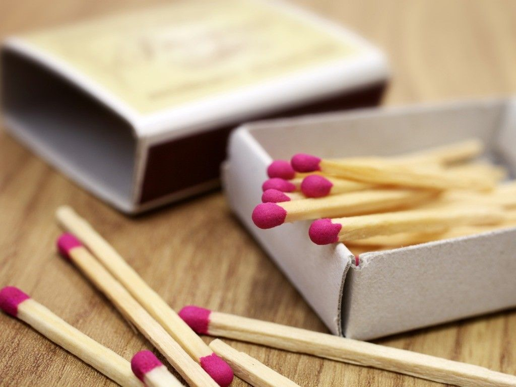 matches in box on table 191